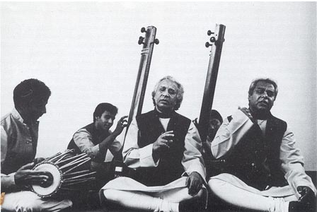 "The image ""http://www.dovesong.com/images/MP3/India/Dhrupad.jpg"" cannot be displayed, because it contains errors."